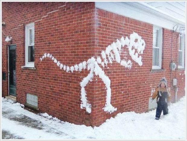 динозавър от сняг