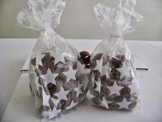 saquinhos decorados com 100g de cookies trufados