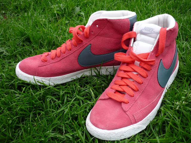Nike Blazer High Top Trainers Red