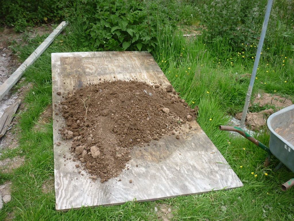 An english homestead my tomato potting mix for Soil in english