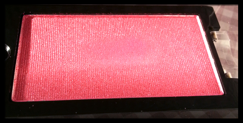 Makeup Revolution - Mono Eyeshadow in Candy Frosted