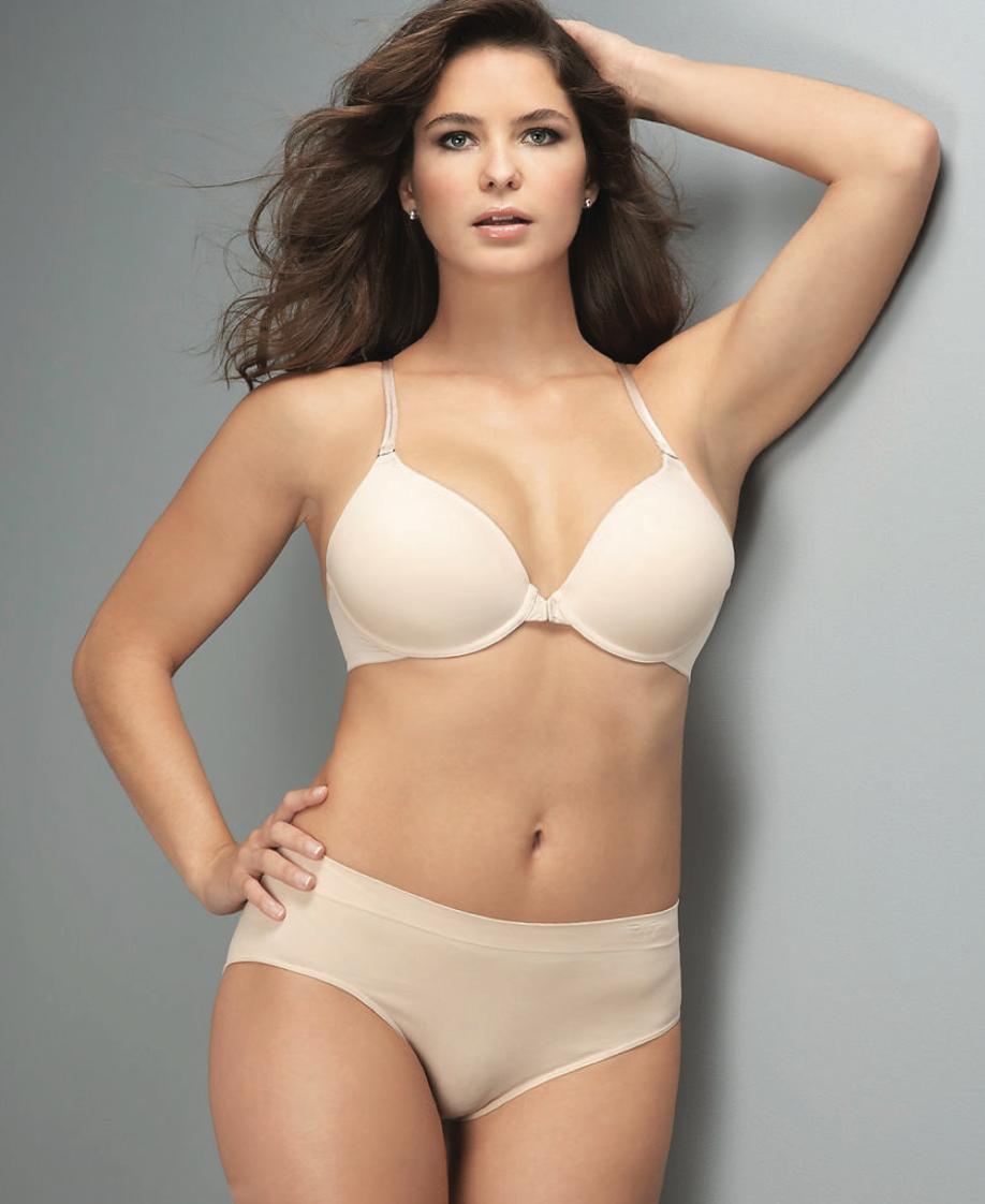 larger model in light tan underwear 918x1122