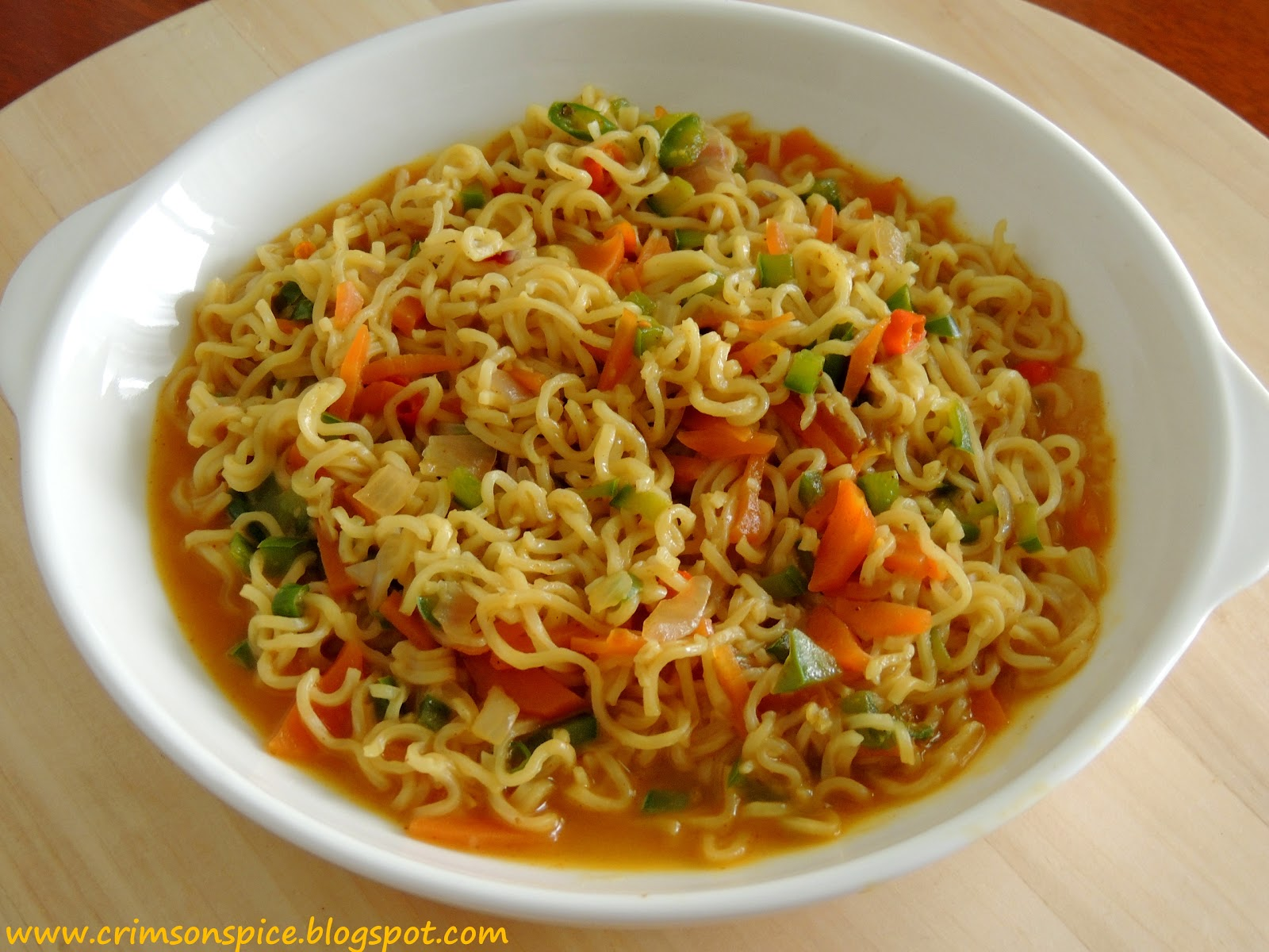 Noodles Masala Powder http://crimsonspice.blogspot.com/2013/01/maggie-masala-noodles-with-vegetables.html