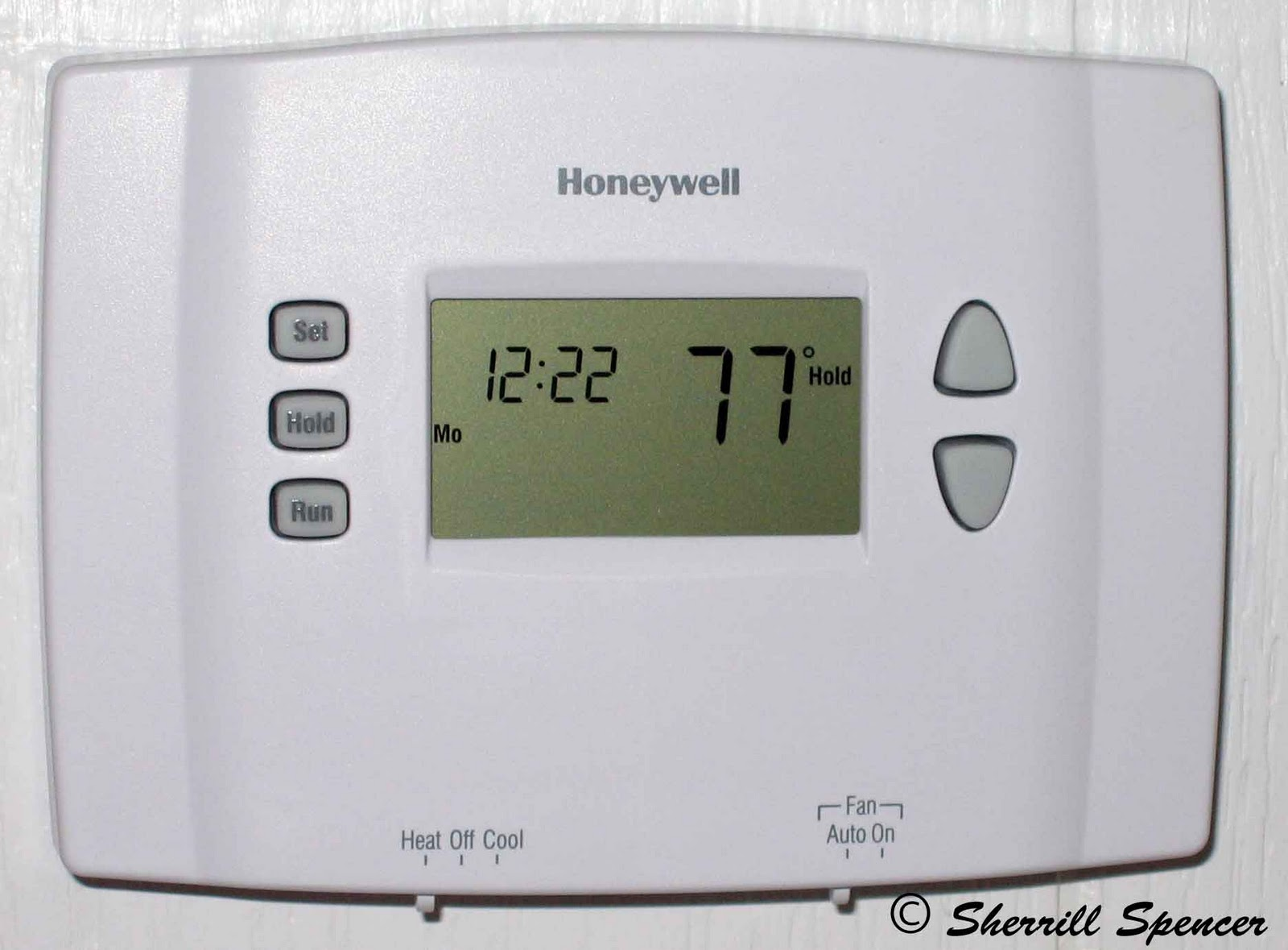 honeywell themostat how to change battery