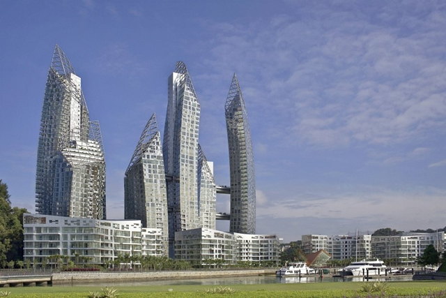 Reflections at Keppel Bay by Studio Daniel Libeskind from the golf field