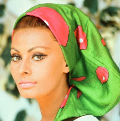 as a deep conditioner for your hair yep olive oil can give you healthy shiny hair - Sophia Loren Hair Color
