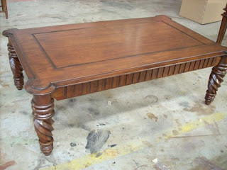 country finish cofffe table