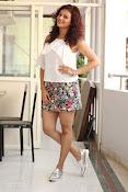 Seerat Kapoor New glam stills-thumbnail-10