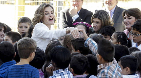 Queen Letizia attends the opening of the school year 2015/16 at the primary and infant school Marques de Santillana in Palencia