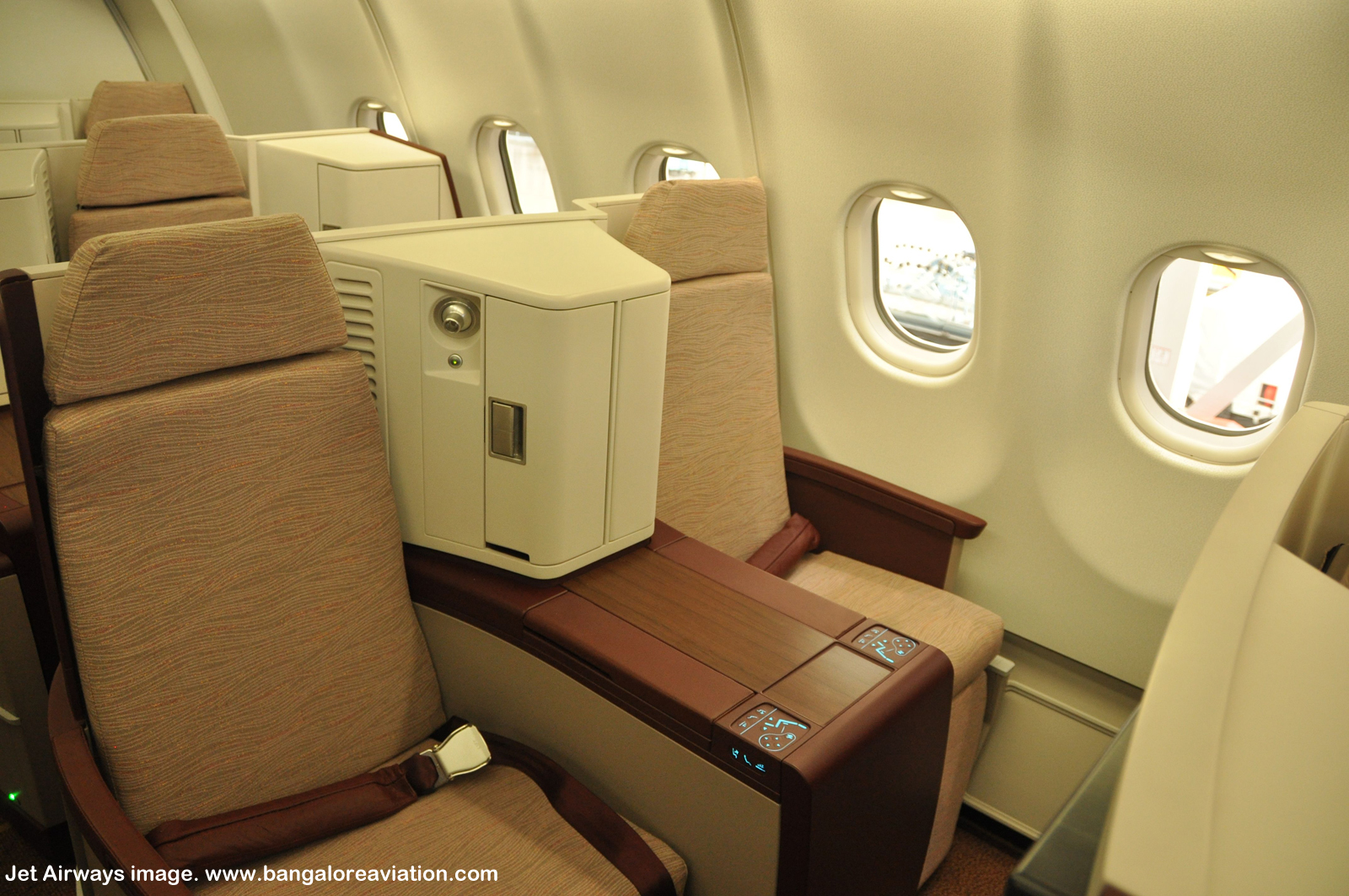 Jet Airways Airbus A330-300 Business Class Seats