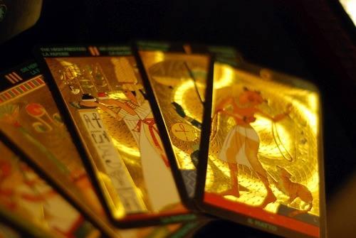 [Imagen: tarot-tar-egipcio-cartas-impressas-em-ou...2013-O.jpg]