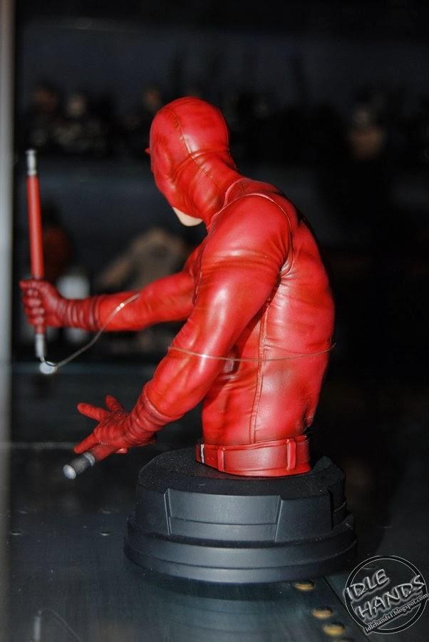 DAREDEVIL  MINI BUST   ( PGM 2014 ) Toy+Fair+2014+Gentle+Giant+Marvel+Comics+Daredevil+Bust+06