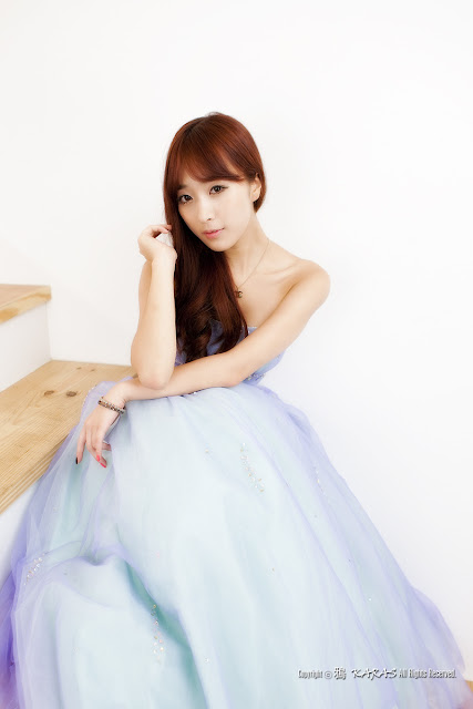 2 Alluring Minah-Very cute asian girl - girlcute4u.blogspot.com