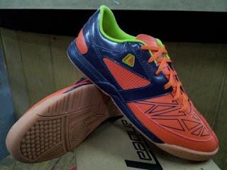 Gioro 2 fraction 105492 847w 249 Sepatu Futsal League Terbaru