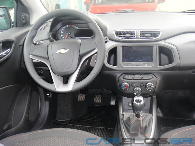 carro Onix Chevrolet - painel