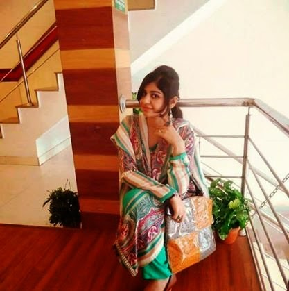 Kalsoom Lahore Women Univeristy Girl Home Alone