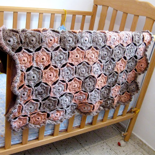 Hexagon Baby Blanket – Free Crochet Pattern