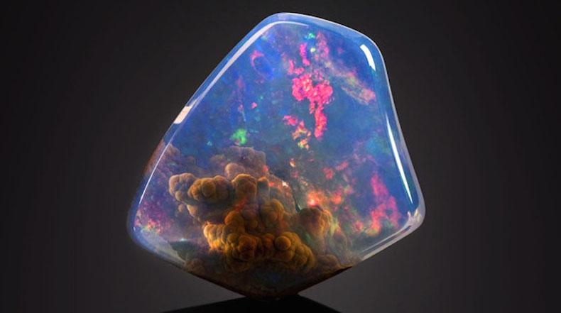Magnífica piedra preciosa parece que atrapa una nebulosa en su interior
