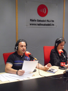 "RECITAL EN RADIO SABADELL ""VEUS ANÒNIMES"""