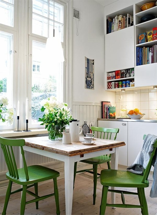 Green Kitchen Table with Chairs