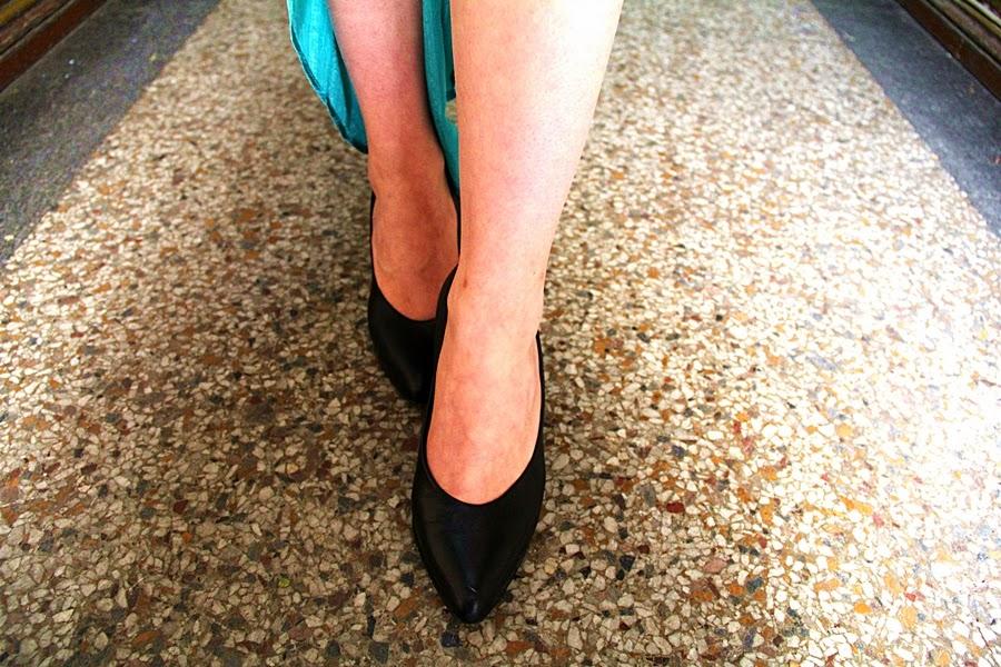 shoes floor leg skirt