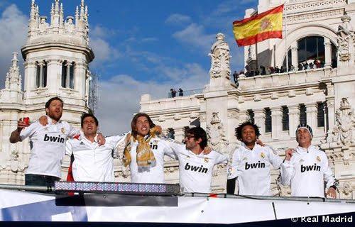 jugadores Real Madrid Celebración Cibeles campeones de Liga