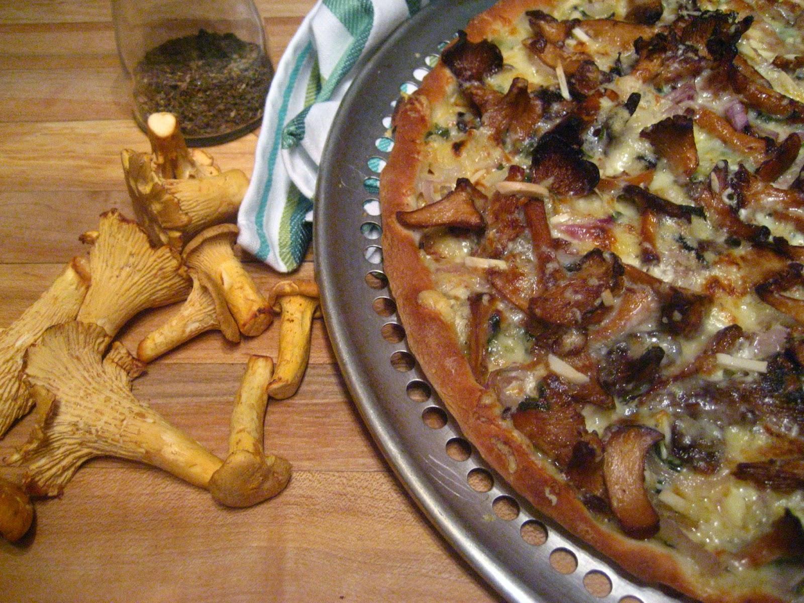 Marie est dans son assiette pizza aux chanterelles fra ches - Cuisiner la chanterelle ...