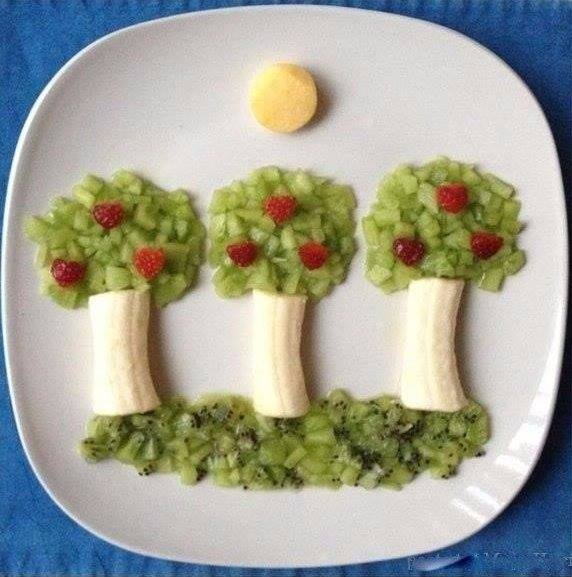 Banana fruit art