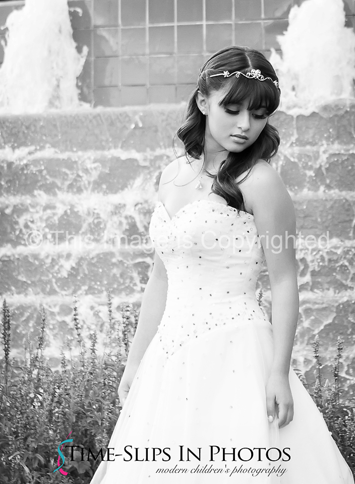 girl_in_dress_black_and_white_photo