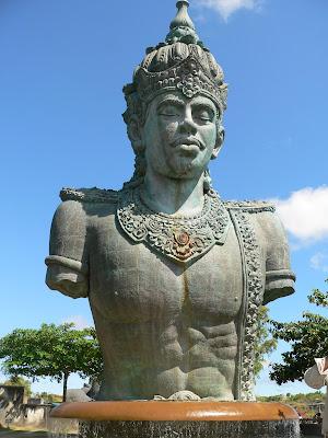 image Patung Garuda Wisnu Kencana (GWK)