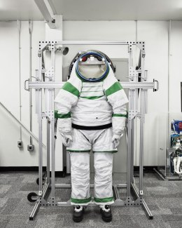 22 Penemuan Terbaik Tahun 2012: Baju Astronot NASA Z-1