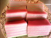 Cara Membuat Kue Lapis Beras Merah Putih