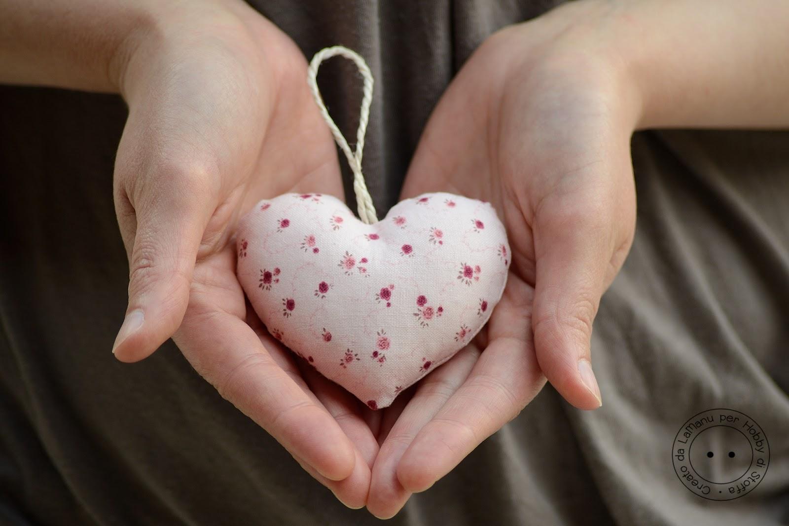 Hobby di carta il blog tutorial cuore di stoffa imbottito - Letto imbottito fai da te ...