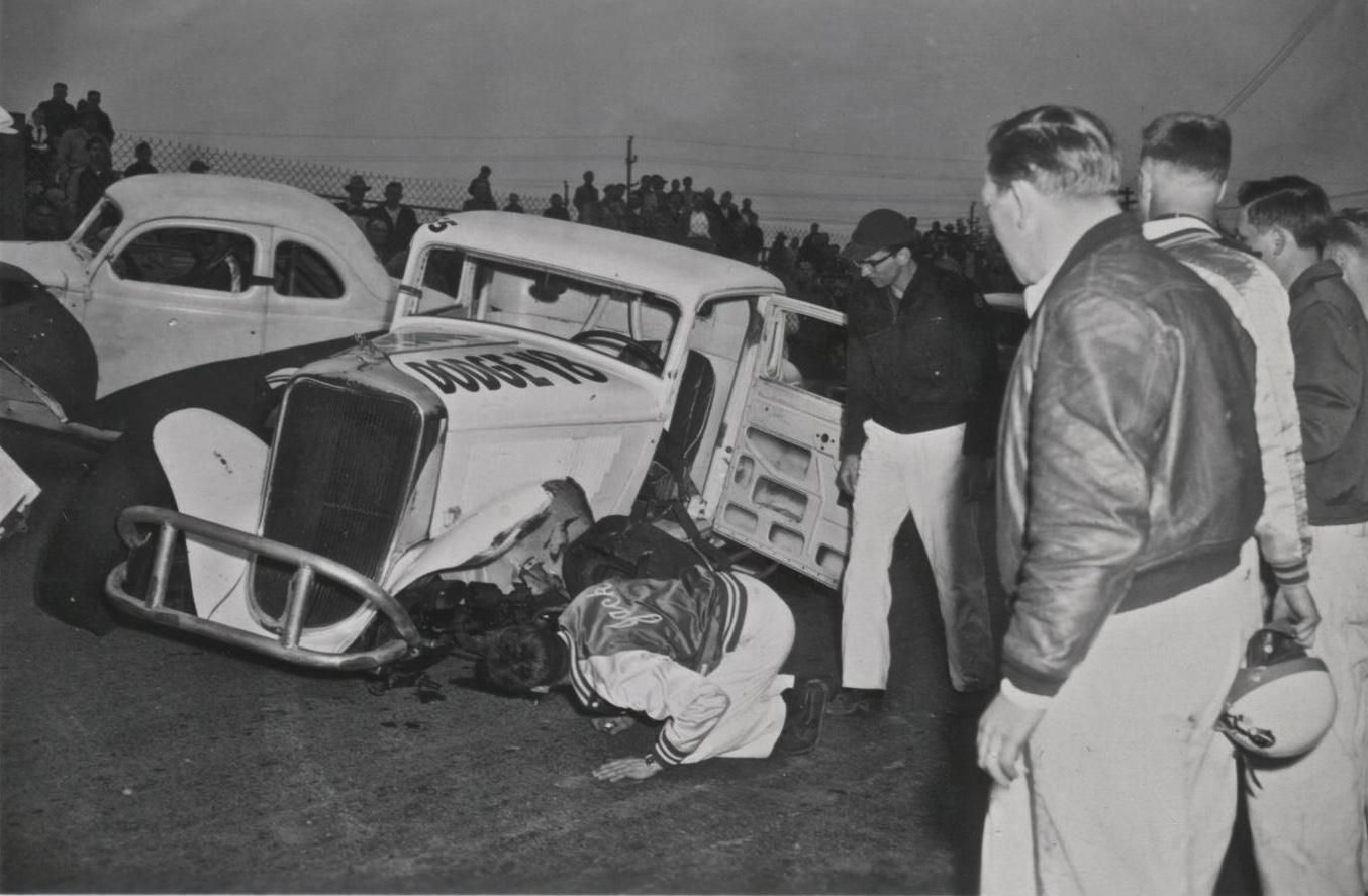 Northwest Auto Racing, 1950s: Dodge, Aurora Speedway, Seattle