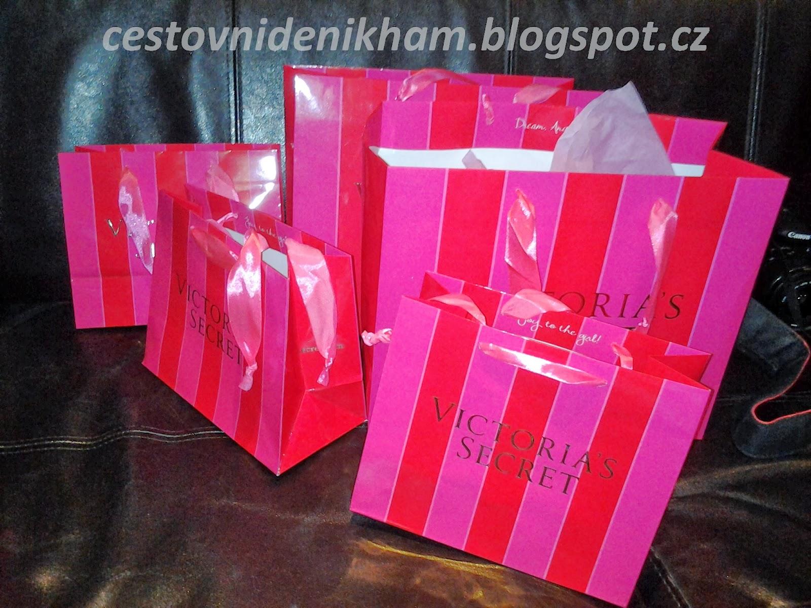 nákup u Viktorie // shopping at Victoria´s Secret