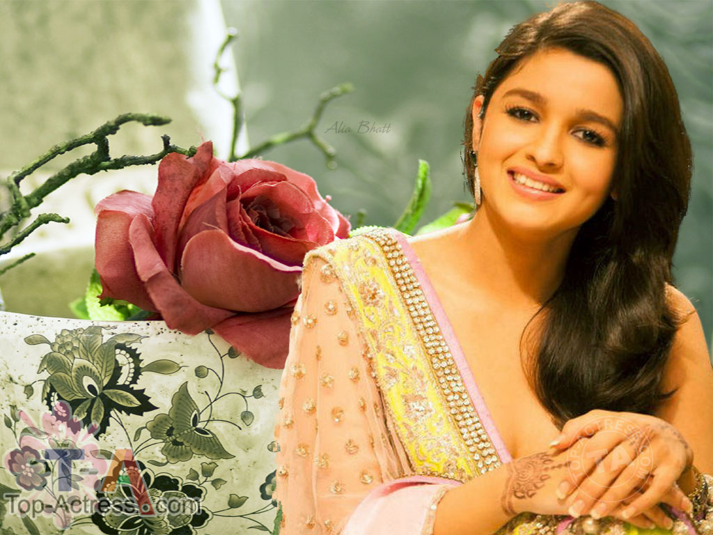 ENTERTAINMENT: Alia Bhatt