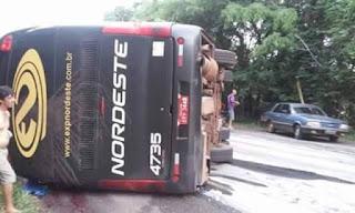 acidente de ônibus, indenização, danos morais