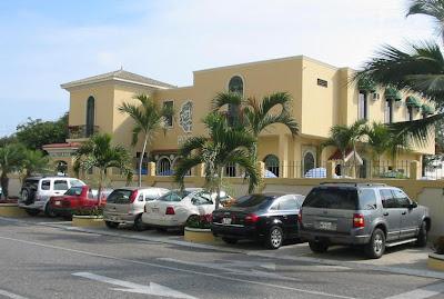 Hotel Amira Hoteles en Salinas frente al mar