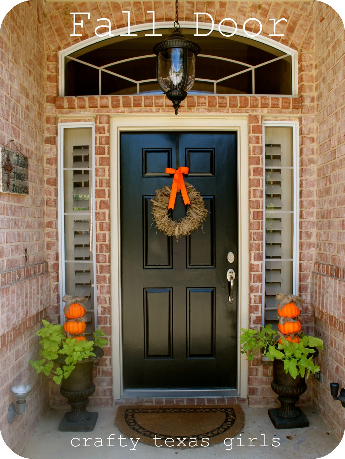 Crafty texas girls fall door Small front porch decorating ideas for fall