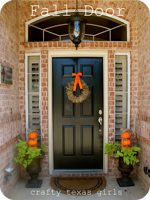 Decorating Ideas > Lots Of Great Fall And Halloween Creative Ideas & Projects  ~ 062849_Halloween Door Entrance