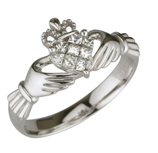 claddagh engagement rings-celtic engagement rings