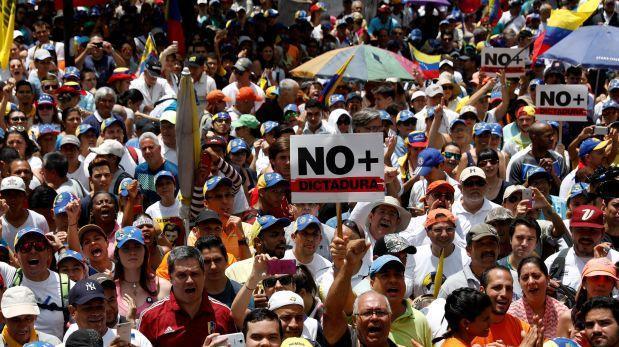 NO + DICTADURA !!