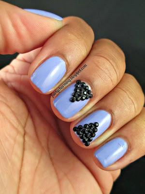 Kleancolor Signature Lavender, black studs, black diamonds, triangle, pyramid, black, purple, nails, nail art, nail design, mani