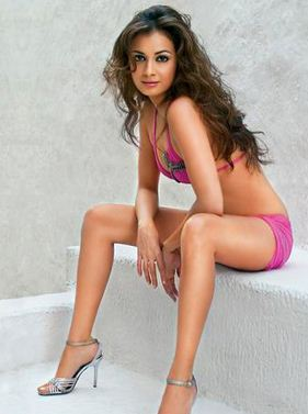 dia mirza bollywood actress bikini