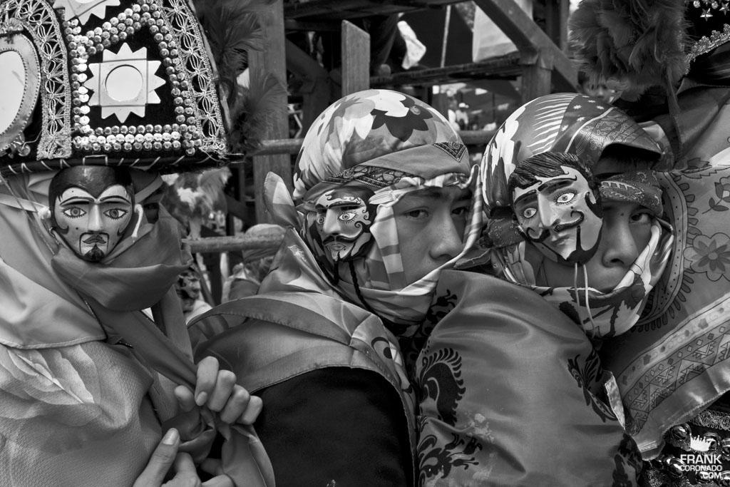Caporales en fiesta tradicional de San Pedro Ixtlahuaca Oaxaca