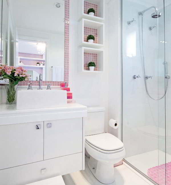 Banheiros com pastilhas  37 modelos decorados  Decor Alternativa -> Banheiros Decorados Com Pastilhas Roxas