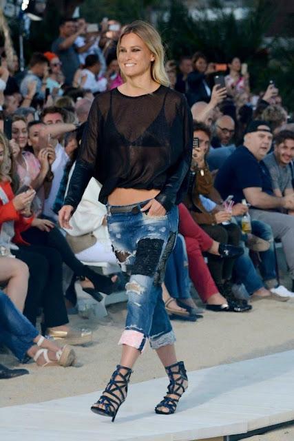 Bar Refaeli: Replay 2016 Fashion Show