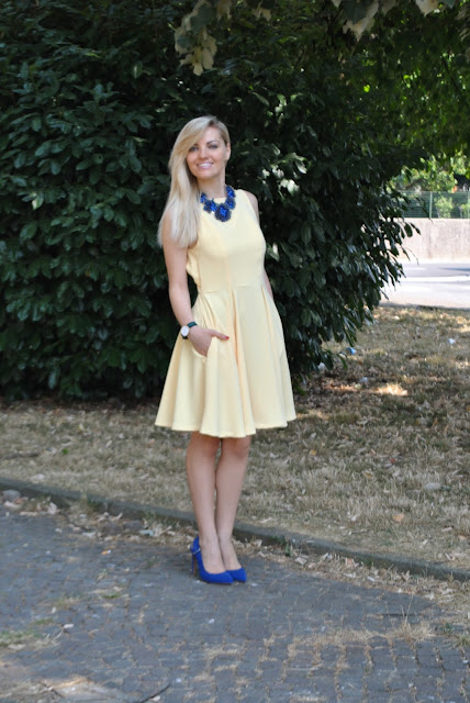 outfit abito giallo abito ladylike giallo abito cut out come abbinare un abito cut out come abbinare il giallo cut out dress how to wear a cut out dress yellow dress how to wear yellow mariafelicia magno fashion blogger colorblock by felym fashion blog italiani outfit estivi donna outfit estate 2015 outfit luglio summer outfit s summer outfits for girls