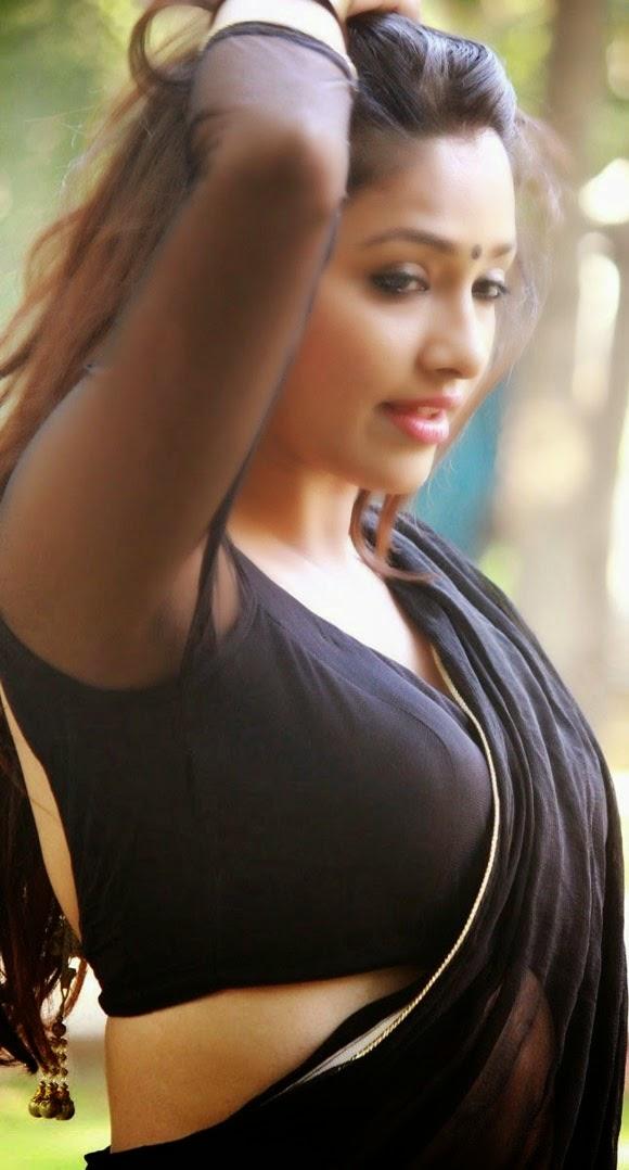 Actress Samruthika Hot Pics In Black Saree