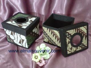 souvenir box tisu finil, souvenir tempat tisu batik, souvenir pernikahan, souvenir nikah